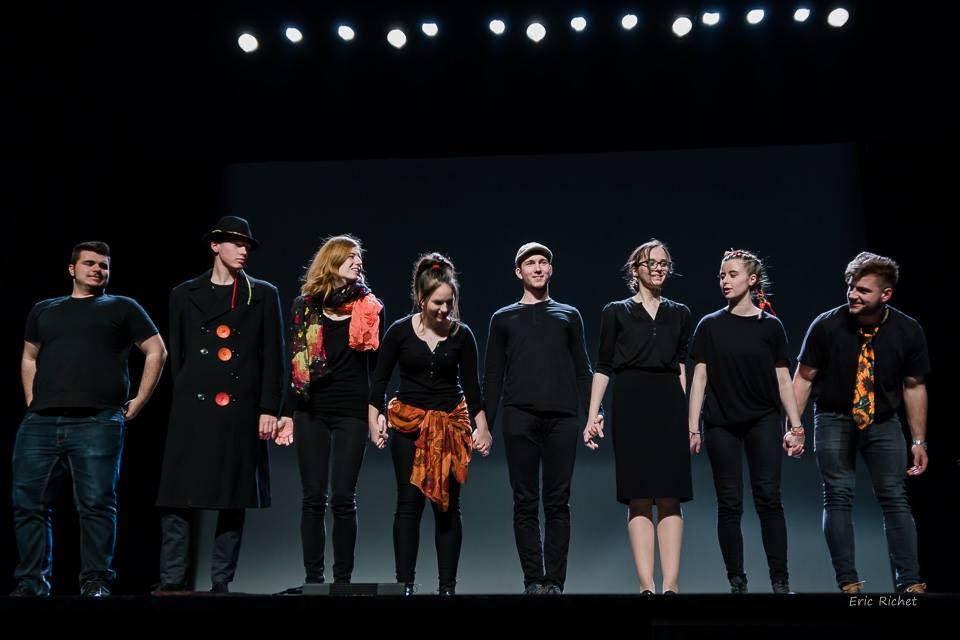 Francoska gledališka skupina GJP na mednarodnem srednješolskem frankofonskem gledališkem festivalu Fetlyf