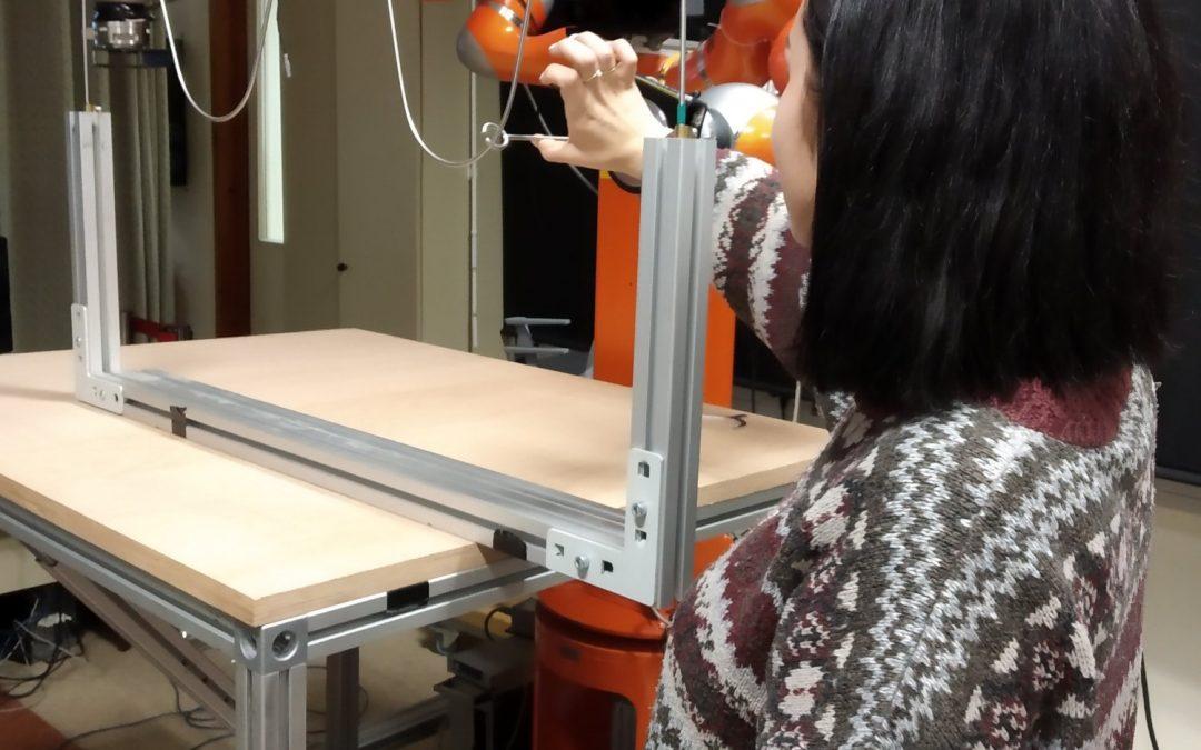 Dijaki spoznavajo kolaborativne robote